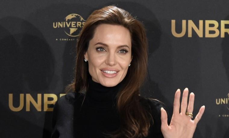 Angelina Jolie dirigirá para Netflix un film sobre el genocidio camboyano