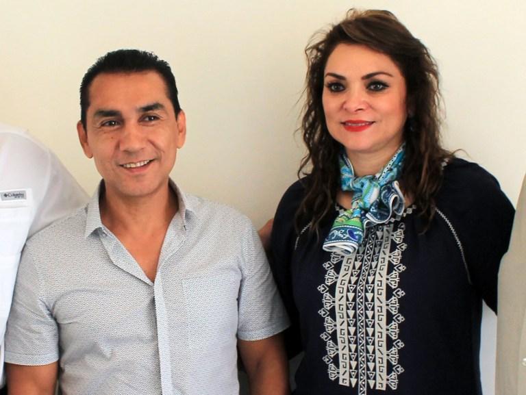 Capturan a exalcalde y esposa por la desaparición de 43 estudiantes en México