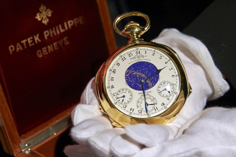 Récord histórico de US$21,3 millones en subasta de un reloj