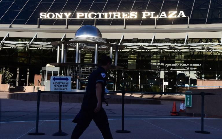 Piratas informáticos amenazan a Sony invocando los ataques del 11/9