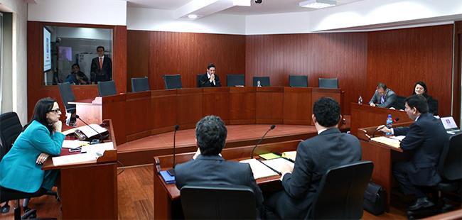 Fiscalía pide captura internacional de excontralora por corrupción