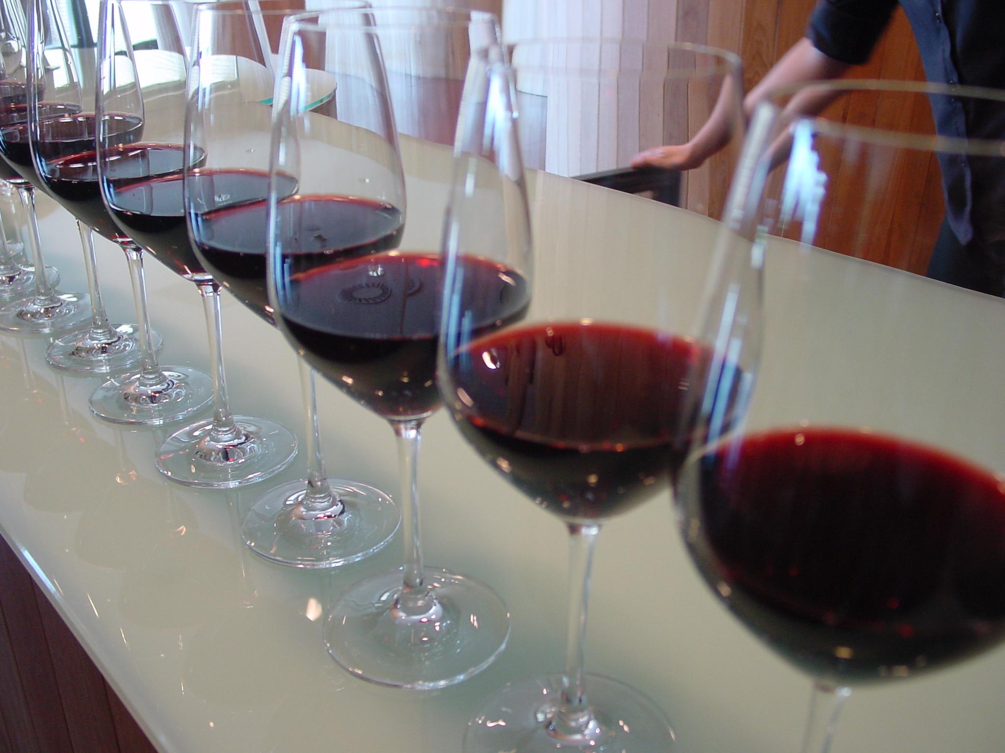 El consumo mundial de vino se acelera y crecerá un 3,7 % de 2014 a 2018