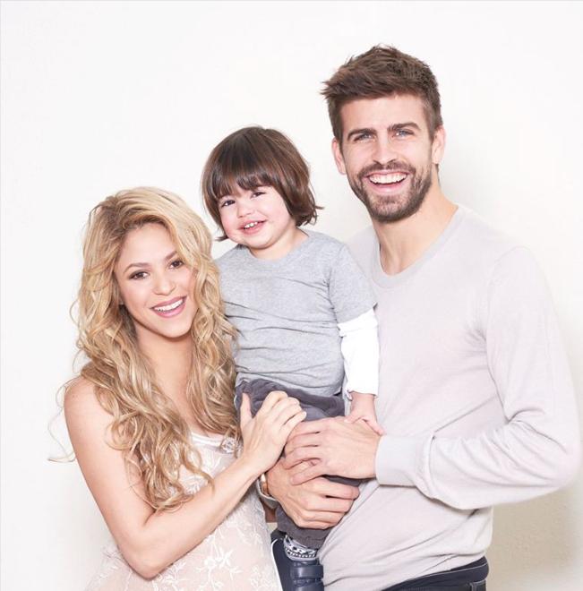 Shakira y Piqué piden regalos para niños desfavorecidos por la llegada de su segundo hijo