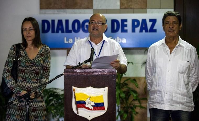 """FARC aclara que el desminado en Colombia es """"humanitario"""" por ahora"""