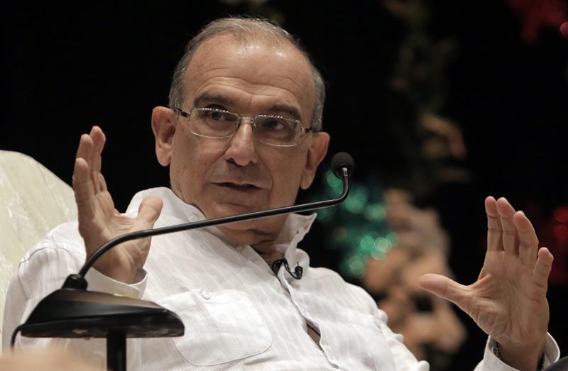 """De la Calle: llegó """"el momento de los gestos completos"""" en diálogo con FARC"""