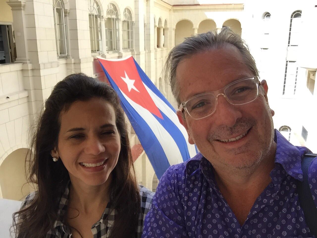Efecto D: Las anécdotas de mi hermana en Cuba
