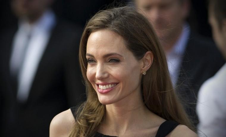 Angelina Jolie, nueva figura de la lucha contra el cáncer