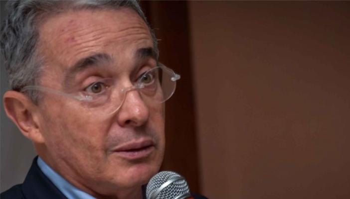 Álvaro Uribe Vélez, senador y expresidente del Centro Democrático habla sobre eliminación de ley de garantías.