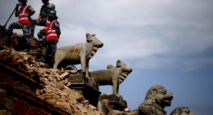 Labores de rescate y ayuda tras el terremoto de Katmandú