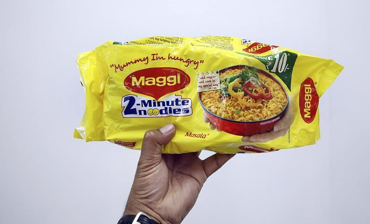 Nestlé retira de India los populares noodles de Maggi