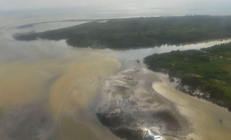 Sean coherentes, no sean cínicos': Presidente Santos a las Farc ante daños ambientales