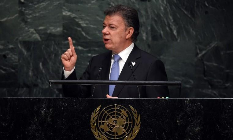 'En Colombia, en menos de seis meses, repicarán las campanas que anuncien la hora de la paz', dijo Santos ante la ONU