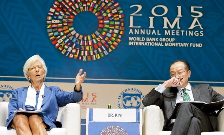 """""""Es el momento adecuado para introducir un impuesto al carbono"""": Lagarde"""