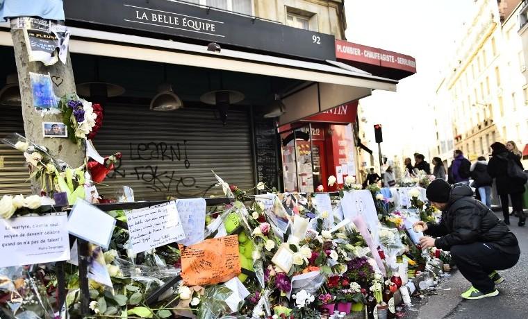 Nueva York y París, unidas por un mismo trauma con 14 años de diferencia
