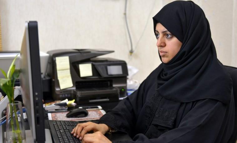Las mujeres se lanzan por primera vez en la batalla electoral en Arabia Saudita