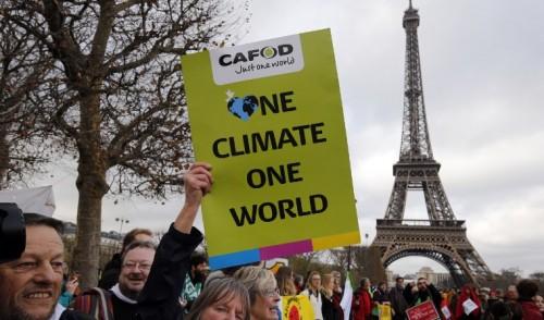 El acuerdo del clima de París se somete al desafío de un G7 con Trump