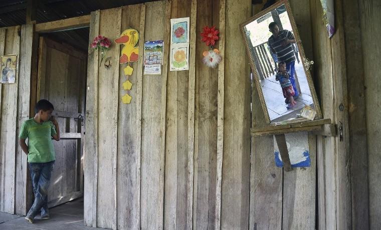 Acnur considera prioritario legalizar hogares de desplazados en Colombia