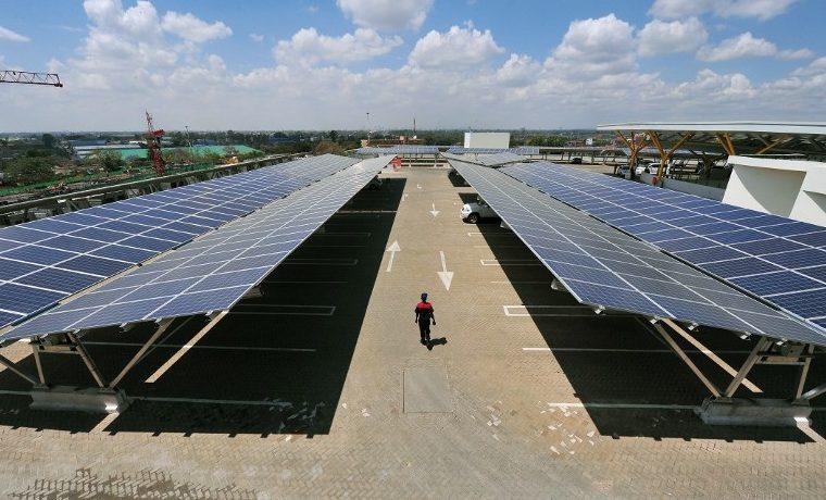 energies renovables global warming calentamiento panel solar