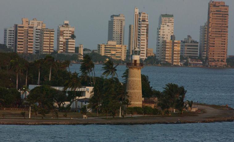 Confirman presencia de residuos peligrosos en la bahía de Cartagena, Colombia