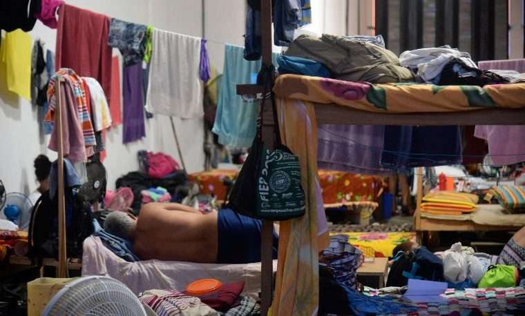 Una marea de cubanos entre la deportación de Colombia y el sueño americano
