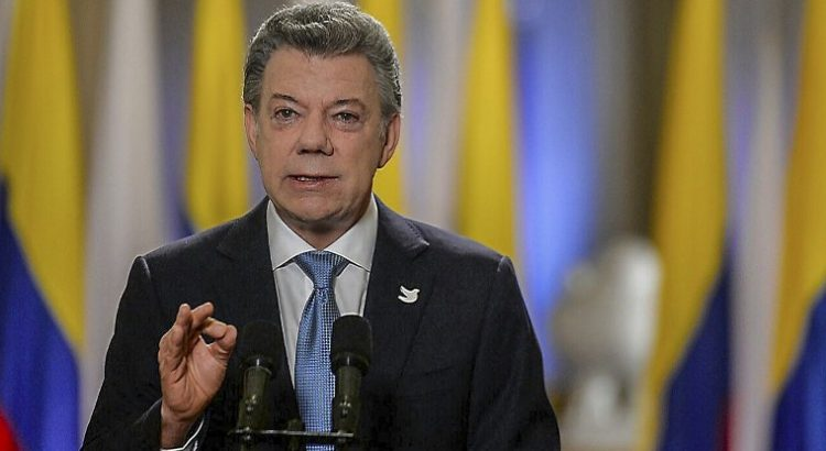 Juan Manuel Santos llama a cumplir con los compromisos sobre cambio climático