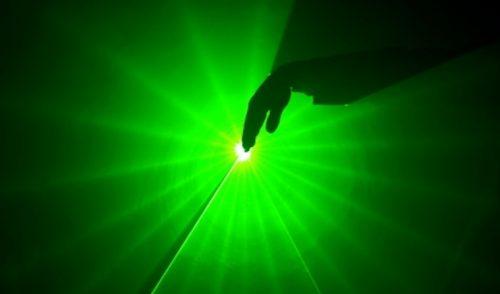 Prueban cerca de Praga el láser más potente del mundo