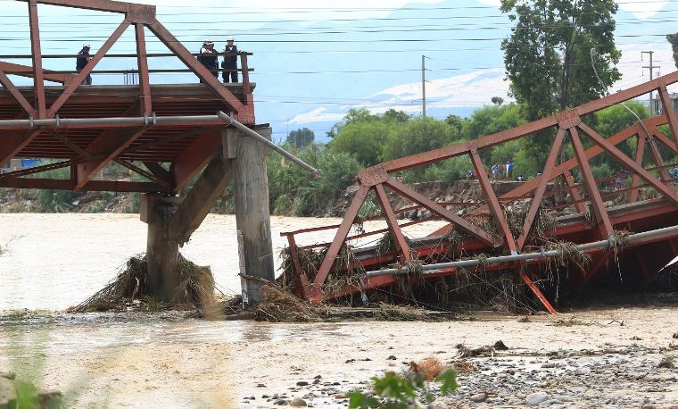 Perú inundaciones reconstrucción