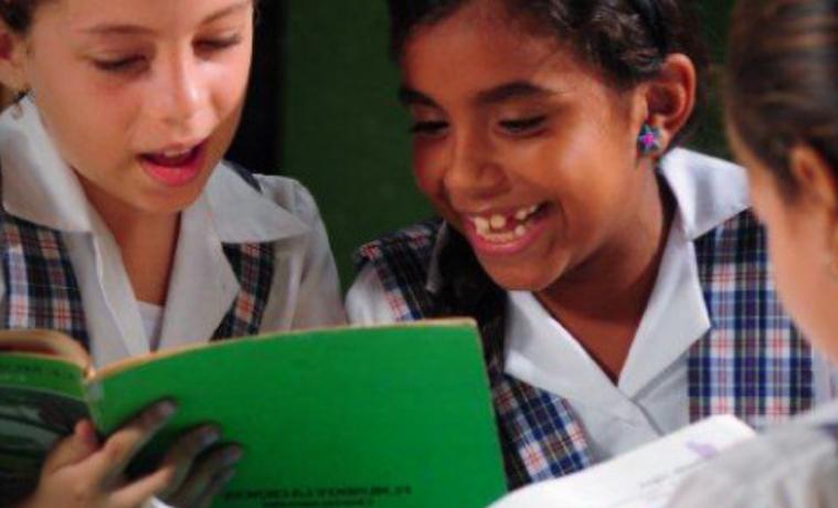 La pobreza en el mundo podría reducirse a la mitad si todos los adultos terminaran la educación secundaria