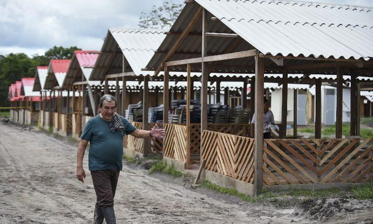 FARC construyen poblado ecológico y sustentable para vivir en Colombia