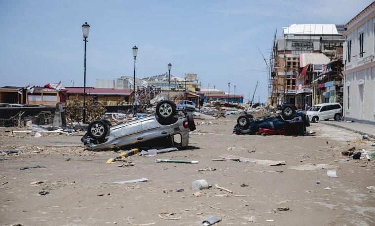 huracán huracanes
