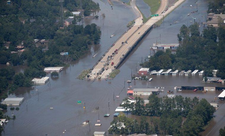 Harvey: La urbanización salvaje en la mira tras inundaciones históricas