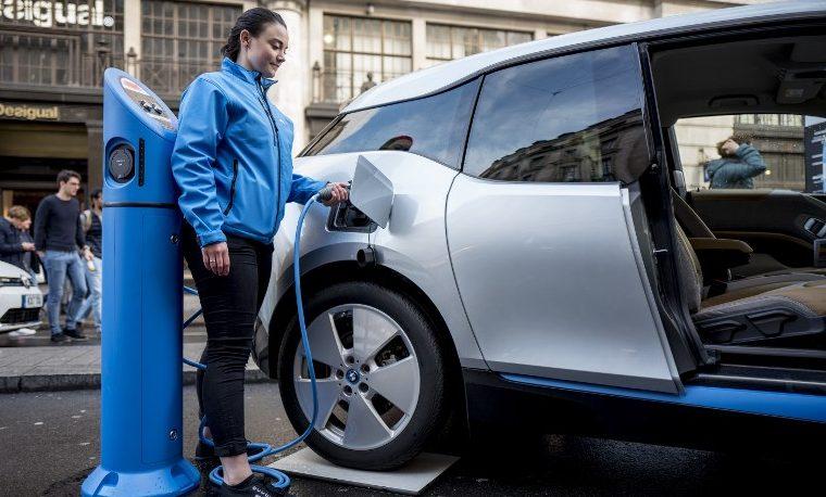 vehículo eléctrico carro eléctrico