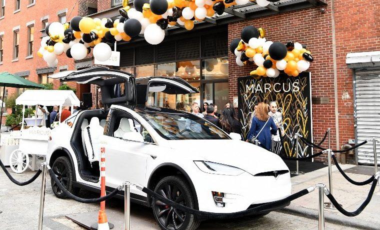Tesla se reorganiza para acelerar su producción