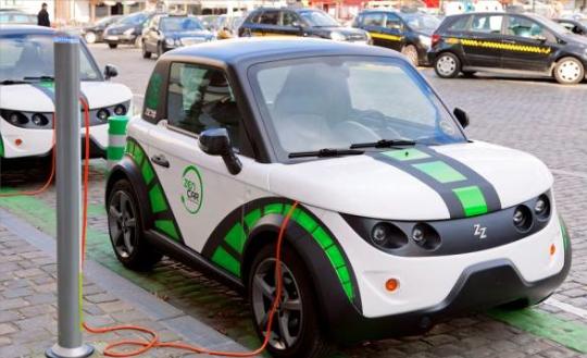 Masificar autos eléctricos en Colombia
