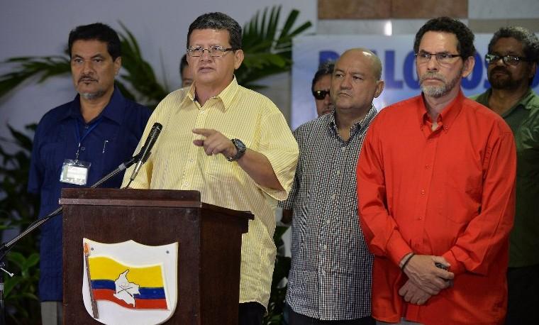 Fiscalía colombiana denuncia que FARC reclutaron 11.556 menores desde 1975