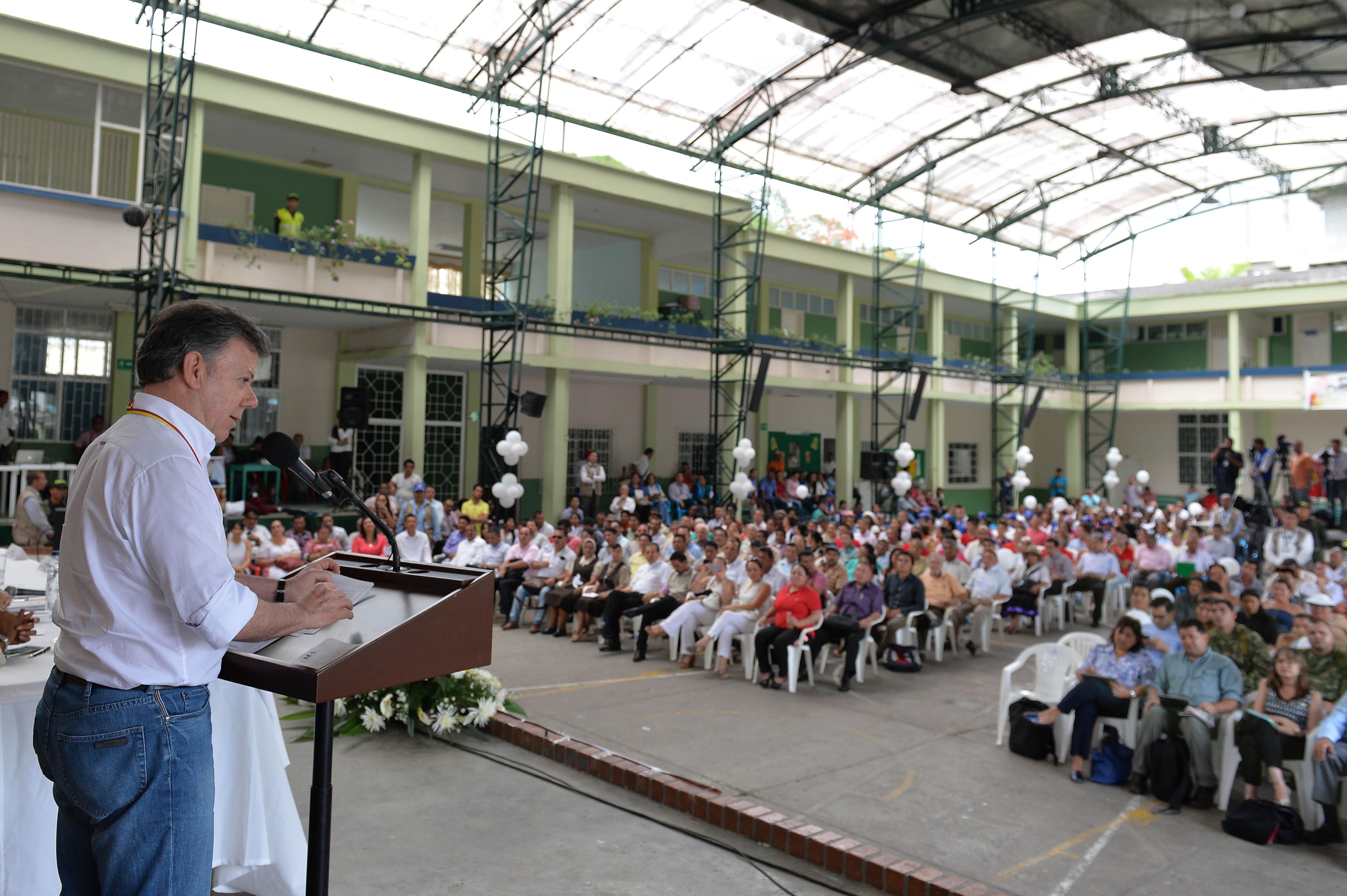 Presidente Santos agradece a países garantes y el CICR por gestiones para regreso de soldados en Arauca