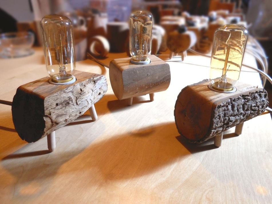 Lámparas originales de madera reciclada