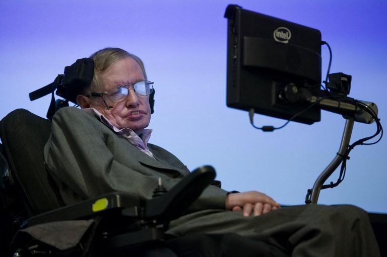 Stephen Hawking: la inteligencia artificial podría acabar con nosotros
