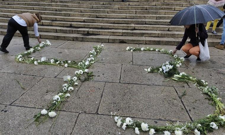 Estreno de documental sobre 43 estudiantes desaparecidos levanta polvareda en México