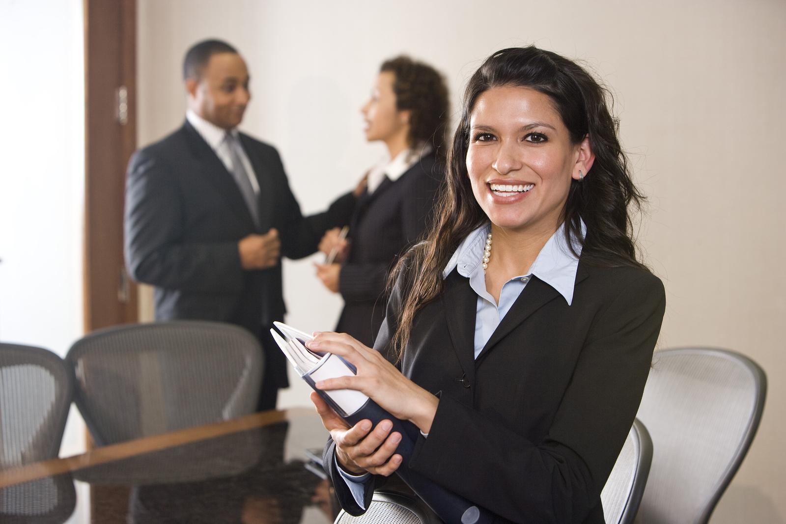 Mujeres ejecutivas en LATAM pasarán del 12% al 39% en 10 años