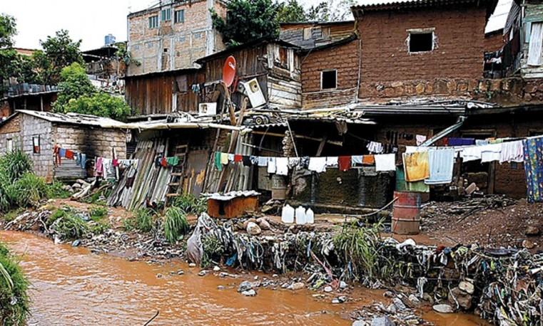 Desigualdades entre ricos y pobres son las más grandes en 30 años (OCDE)