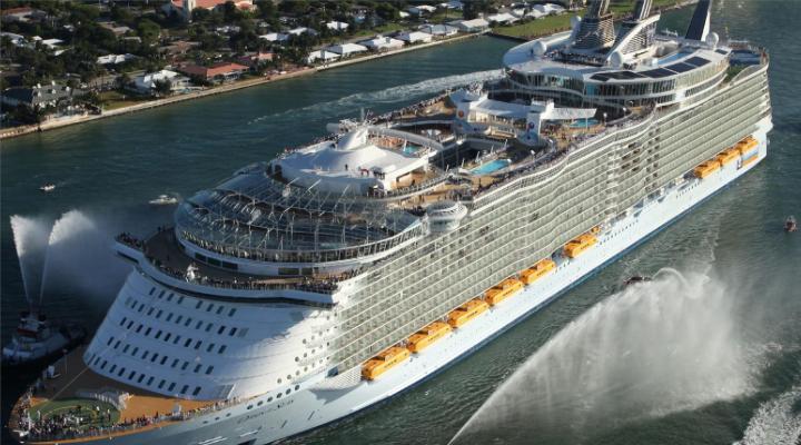 Los dos cruceros más grandes del mundo en San Juan