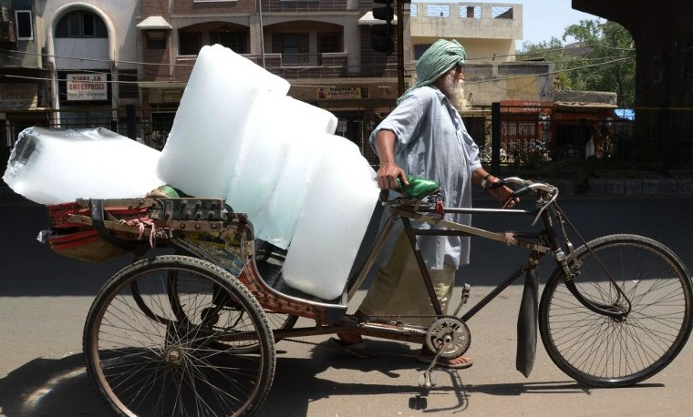La ola de calor en India mata a más de 1.100 personas