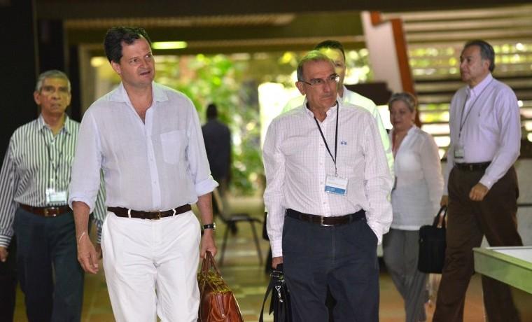 """""""Solución militarista"""" en conflicto colombiano está agotada: FARC"""