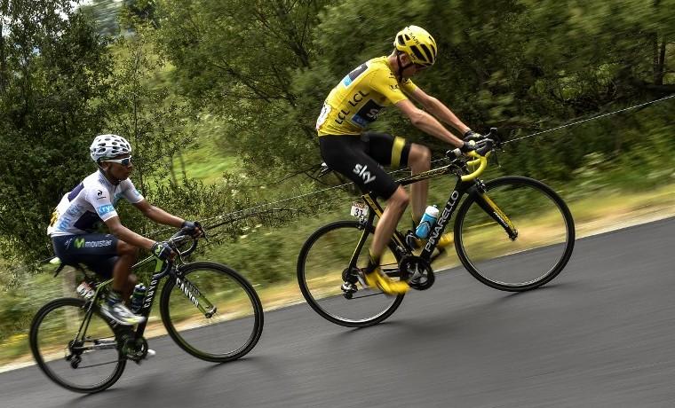 Quintana lamenta no recortar más tiempo a Froome, pero ya piensa en Alpe d'Huez
