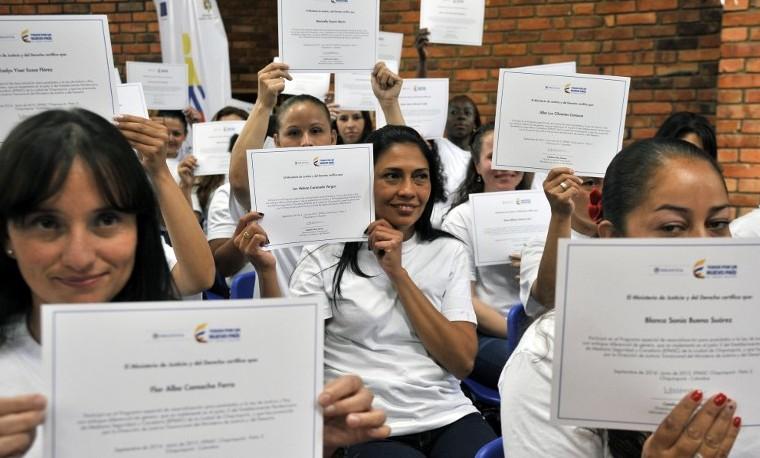 Abortos a la fuerza: tragedia de muchas guerrilleras en Colombia