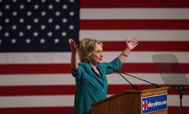 Archivo. Hillary Clinton en la Universidad de la Florida, julio 31, 2015. Joe Raedle/Getty Images/AFP