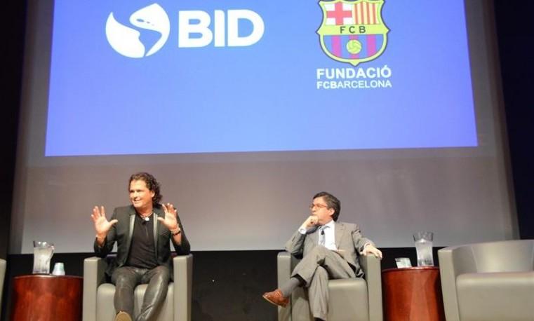 Alianza del Pacífico postula al colombiano Luis Alberto Moreno a reelección en BID