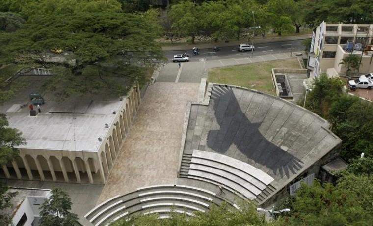 Juan Zamora interviene el techo de la Cinemateca del Museo La Tertulia