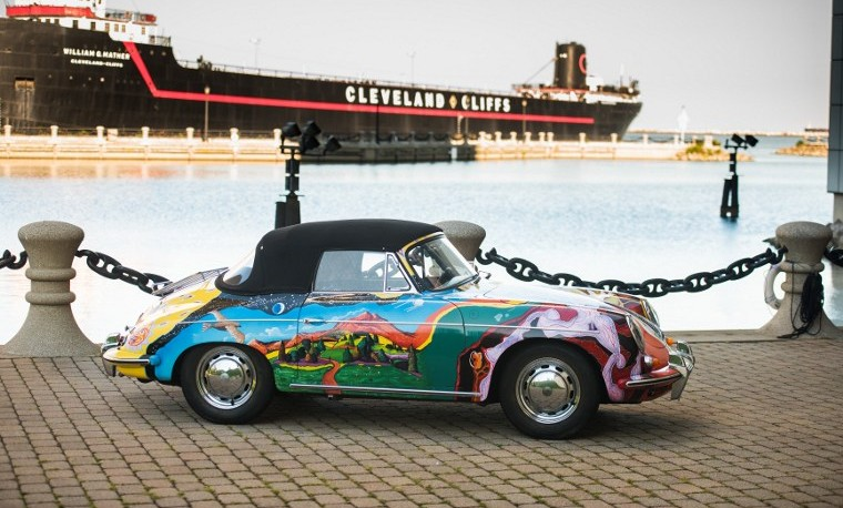 Sotheby's subasta el legendario Porsche psicodélico de Janis Joplin